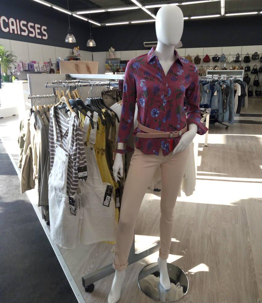 Collection vêtements femmes à Beauvoisin